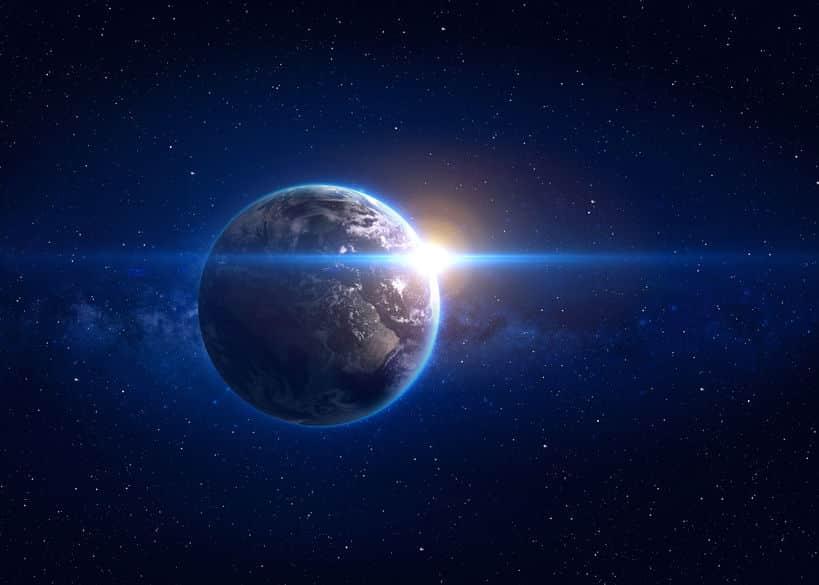 地球は時速10万キロメートルで動いているということに関する雑学