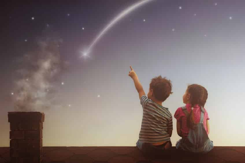 流れ星は幸運?不吉な解釈もあるということに関する雑学