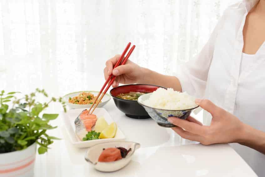 """ご飯を""""めし""""と呼ぶ理由に関する雑学"""