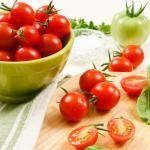 ミニトマトは機内食用に作られたという雑学