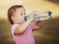 人間の身体の65%は水でできているという雑学