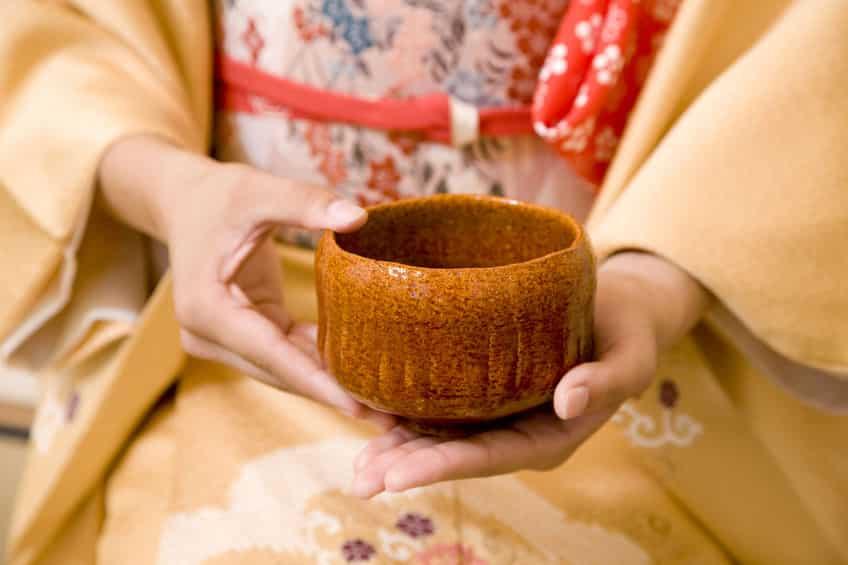 茶道で茶碗を回す理由に関する雑学