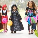 ハロウィンにお菓子を配るのはなぜ?に関する雑学