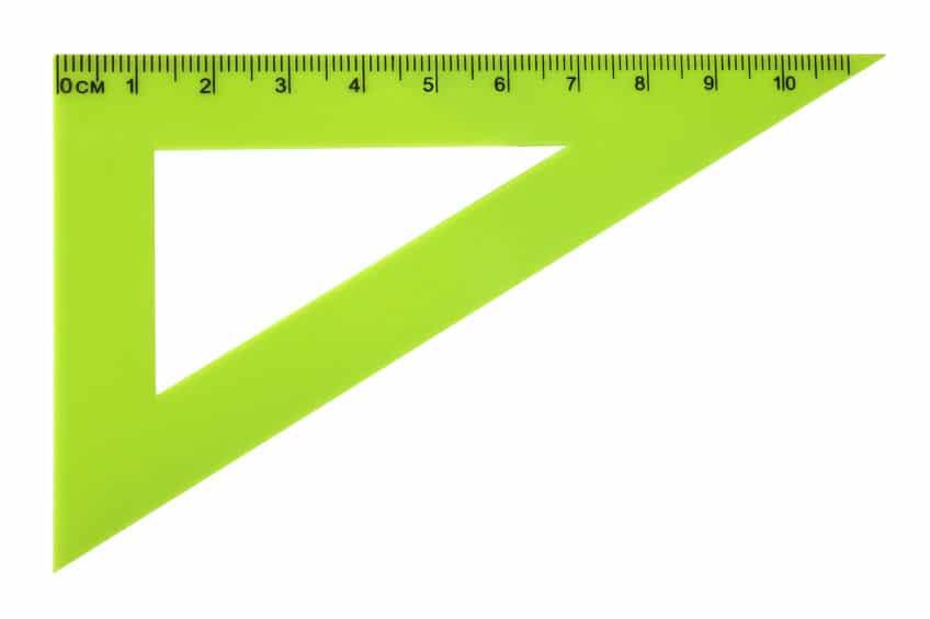 三角定規の変形を防ぐためというトリビア