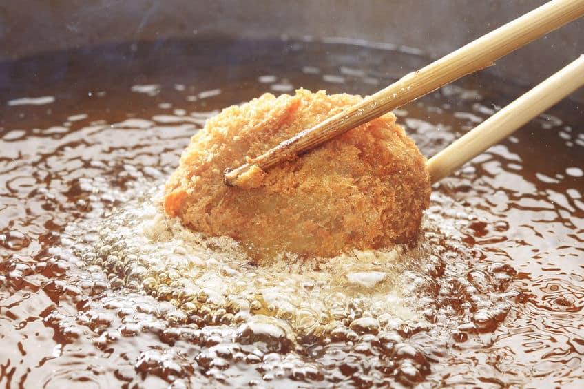 肉屋がコロッケを売っているのは日本人の「もったいない」という精神についてのトリビア