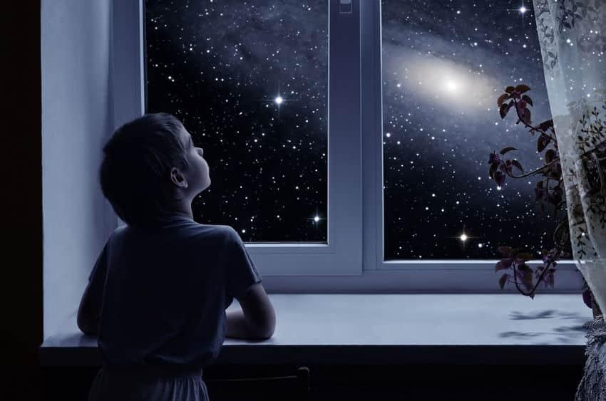 肉眼で見ることができる星の数は6,000個という雑学