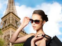 フランスでは「女性のパンツスタイル禁止」という法律があった雑学