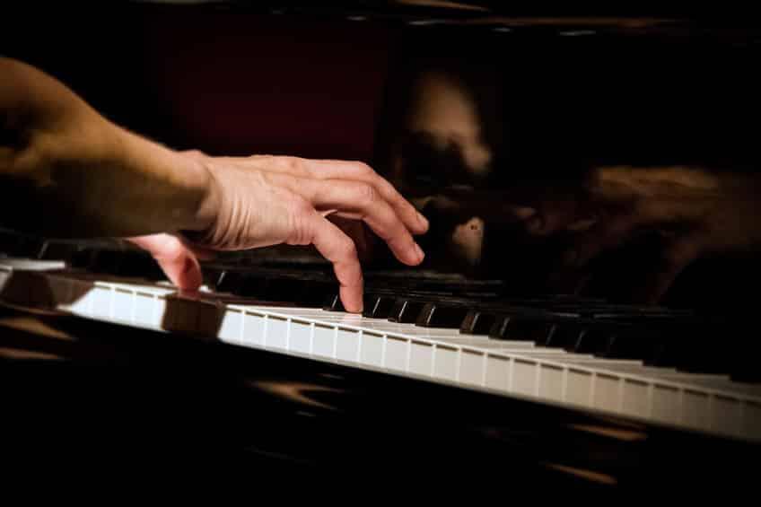 ピアノを1音も弾かないピアノ曲に関する雑学