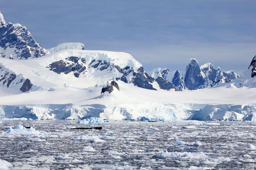 北極より南極のほうが寒いというトリビア