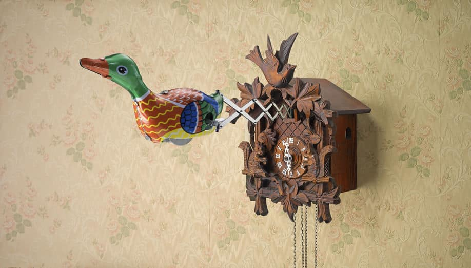 鳩時計の鳥はハトではないという雑学