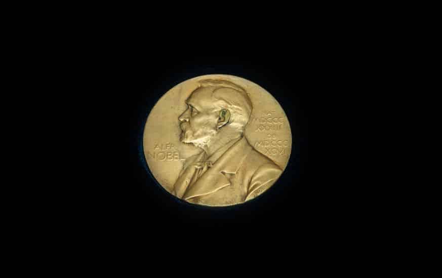 ノーベル賞のメダルを売った人物がいる!に関する雑学