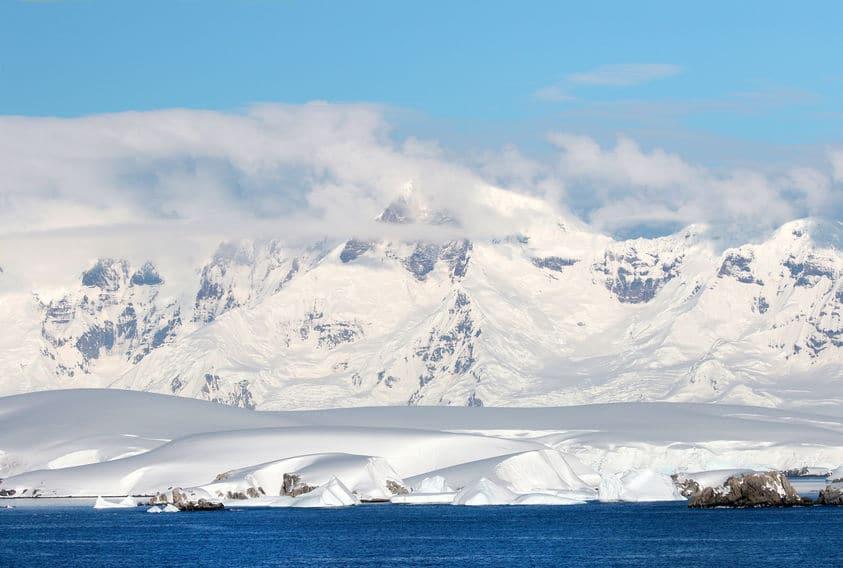 南極では息が白くならないというトリビア