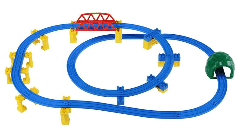 電車の運転士の訓練にはプラレールが使われるという雑学