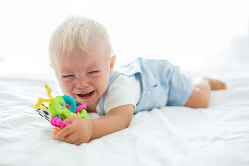 泣くけど…赤ちゃんが涙を流さない理由についてのトリビアまとめ