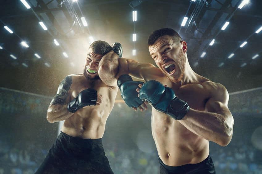 お手軽な危険技!それがキックボクシングの肘打ちというトリビア