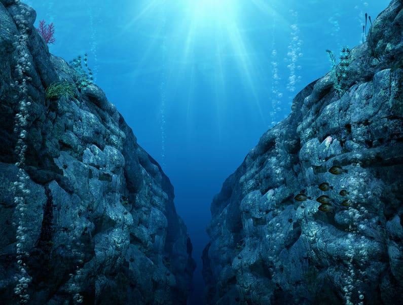 マリアナ海溝の場所や深さについてのトリビア