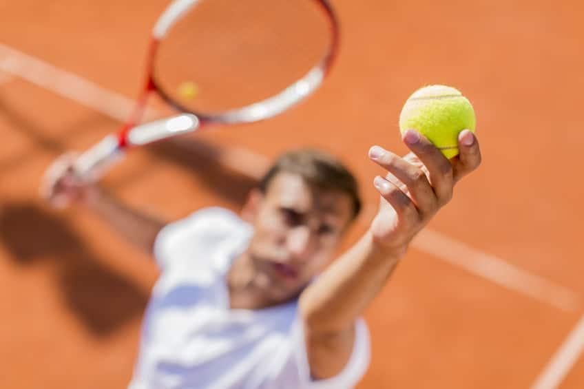 サービスのテニスマナー 何度もやり直しをしないというトリビア