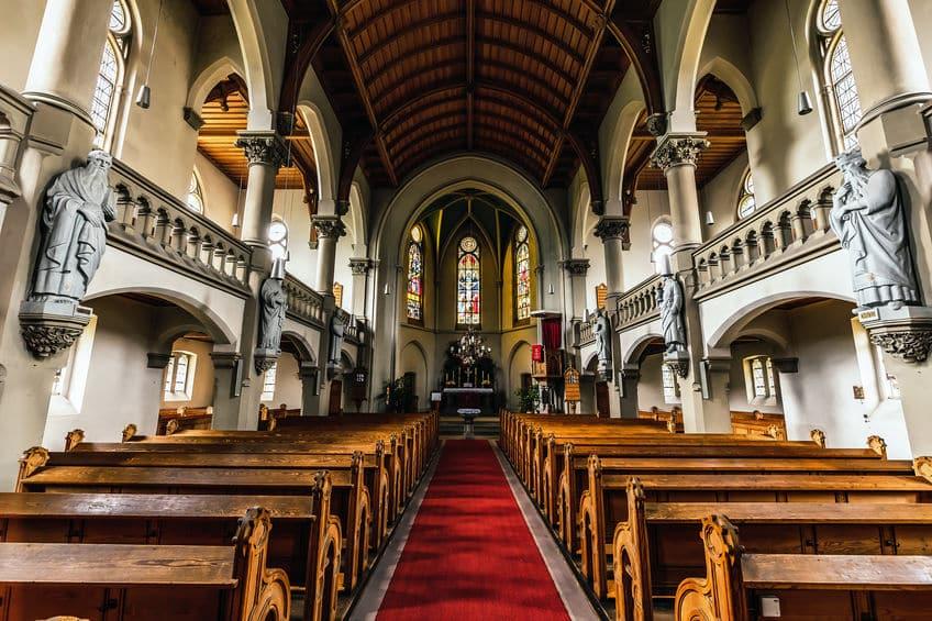 神父と牧師の違いは?に関する雑学
