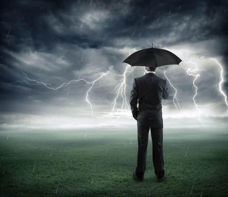 正しい「落雷を避ける方法」についてのトリビア