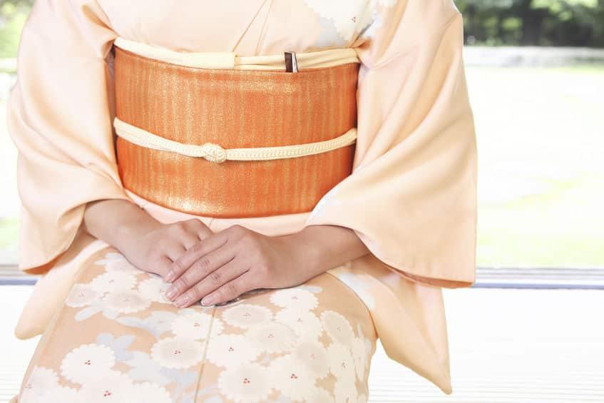 どうして日本人は正座が伝統になったのか?という雑学