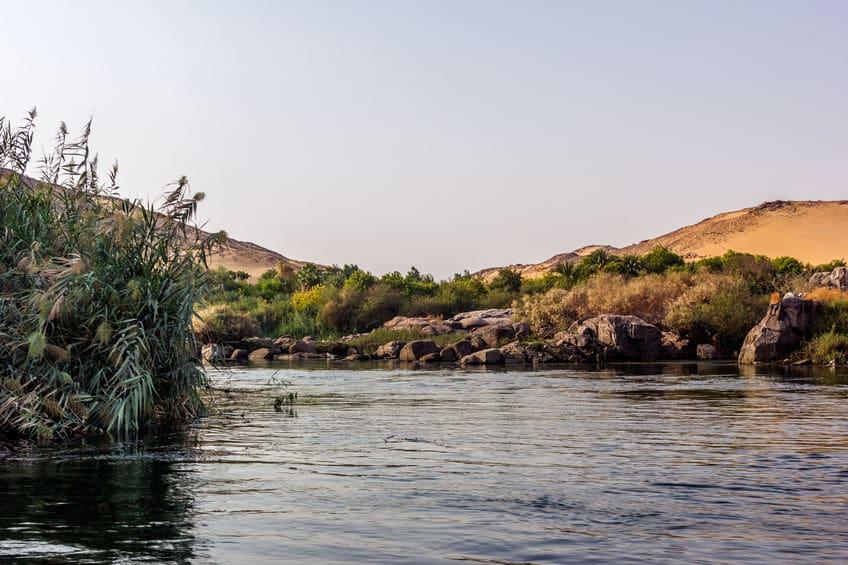 1位.:世界一長い川はナイル川(約6650km)についてのトリビア