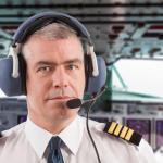 飛行機のパイロットは客席のトイレを使用しているという雑学