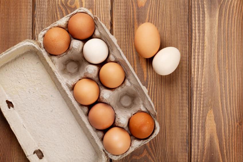 生卵とゆで卵を割らずに見極める方法は?に関しての雑学