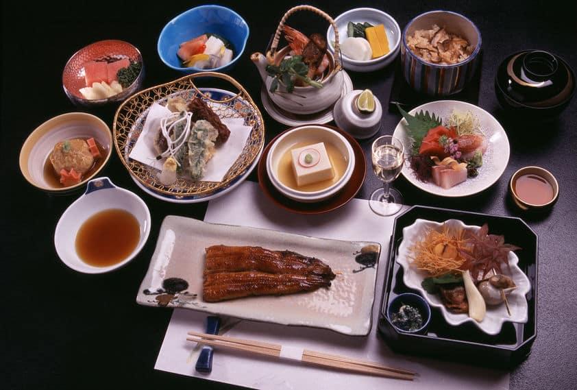 和食の食べ方・マナーを全解説!これで会席料理も怖くない【動画あり】についての雑学まとめ