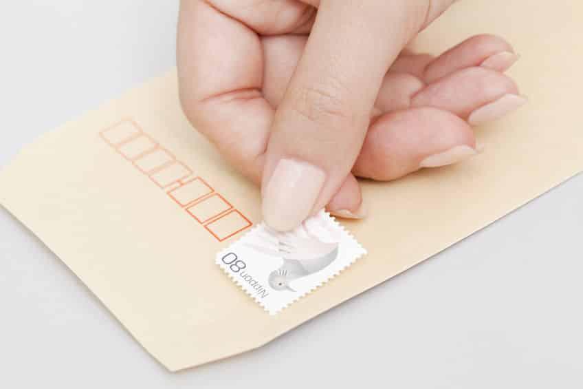 切手はシャンプーを溶かした水で剥がれるという雑学