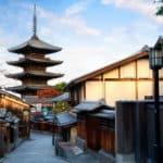 お寺にある三重塔・五重塔には何が入っているのか?に関する雑学