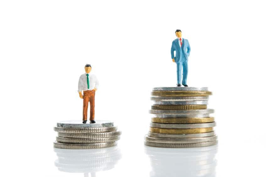 一般男性と比べたひろしの年収はどんな感じ?というトリビア