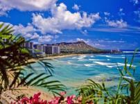 ハワイは毎年8cmずつ日本に近づいているという雑学