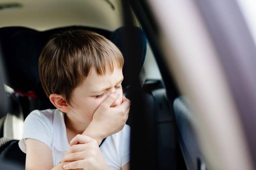 子どもが乗り物酔いやすいのはなぜ?というトリビア