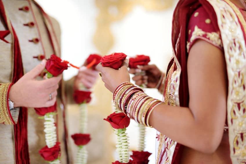 インドの結婚は最終的には占いで決めるというトリビア