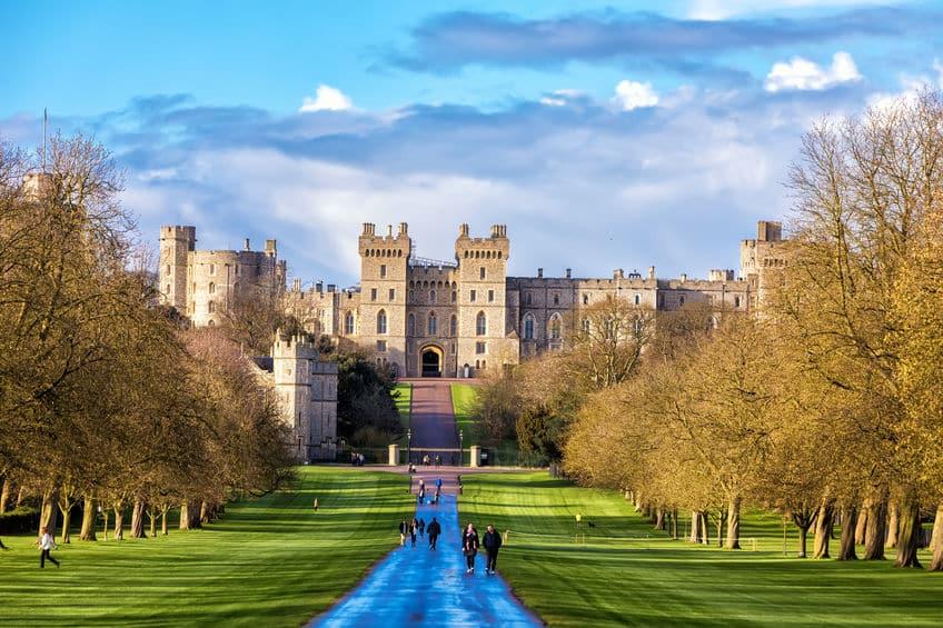 世界最古であり最大級の居城は「ウィンザー城」という雑学