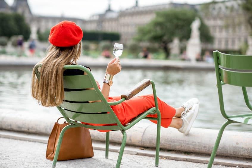 """女性蔑視!?フランスには""""女性のパンツスタイル禁止""""という法律があった。というトリビアまとめ"""