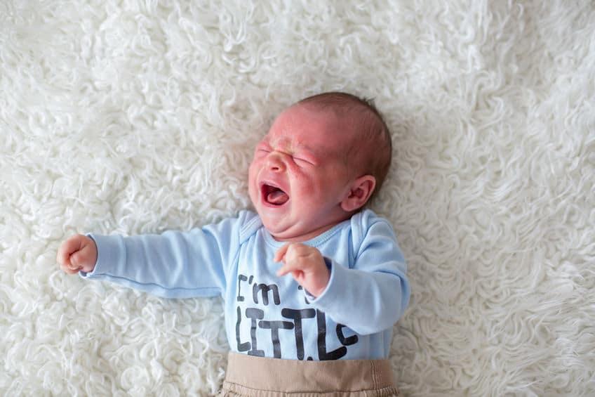 赤ちゃんはコミュニケーションとして泣くから涙がでないというトリビア
