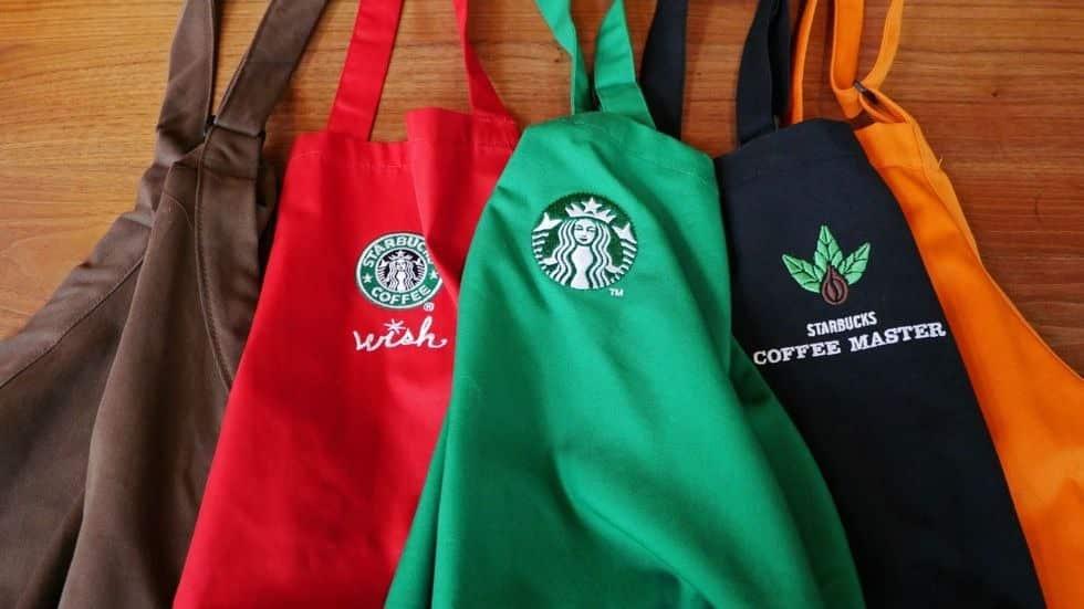 コーヒー知識の差!スターバックス店員のエプロンの色が違う理由についての雑学まとめ