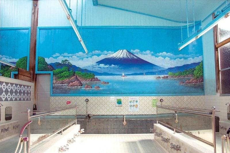 富士山が初めて銭湯に登場したのは1912年(大正元年)についてのトリビア