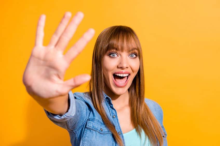 みかんを食べ過ぎると手が黄色くなる理由についてのトリビア