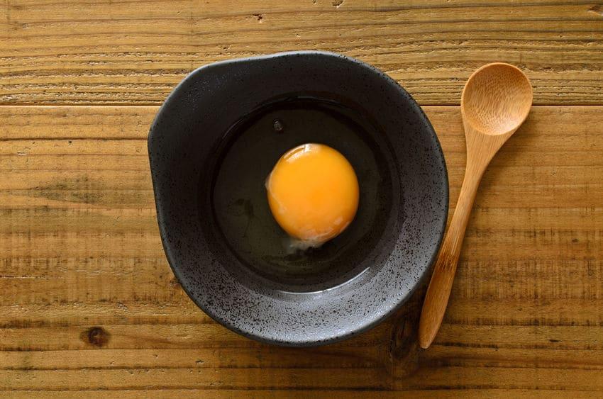 卵を生で食べる国は少ない!というトリビア