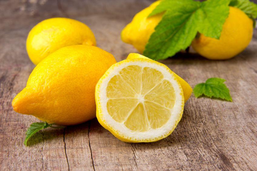 レモンに含まれるビタミンCは多くはないという雑学