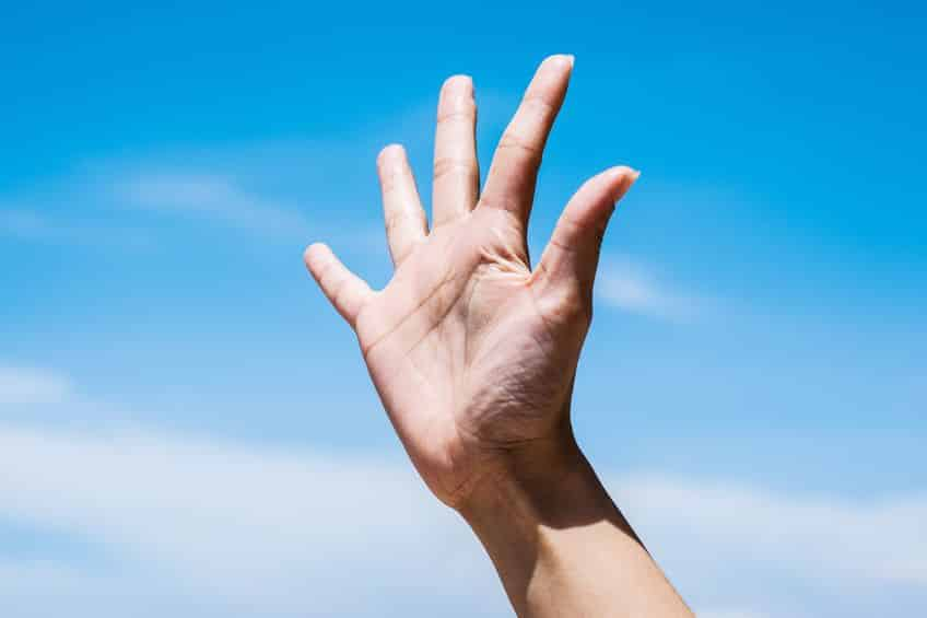 爪はよく使われるところから伸びていく。というトリビア