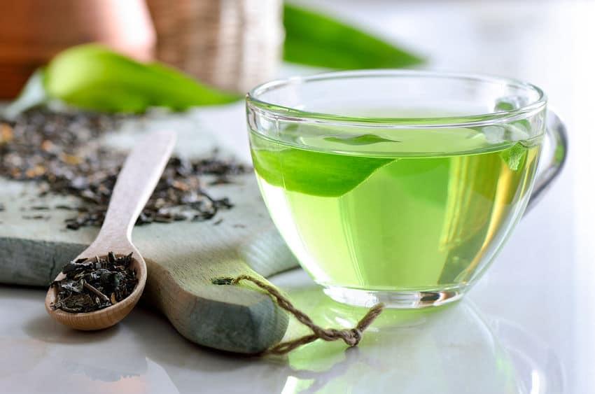 なぜ緑茶には消臭効果があるの?というトリビア