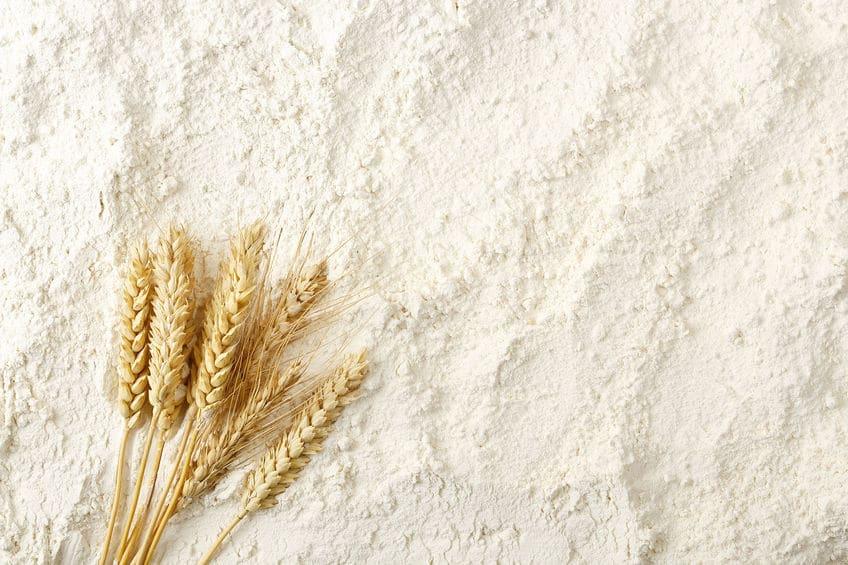 小麦粉は密閉された状態だとすぐに固まって腐ってしまうというトリビア