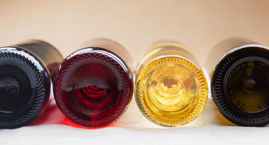 ワインボトルのくぼみには様々な工夫があった!というトリビア
