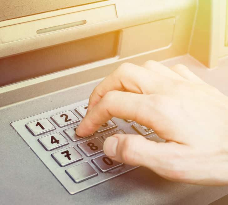 銀行ATMやデジタルドアロックのキー配列についてのトリビア