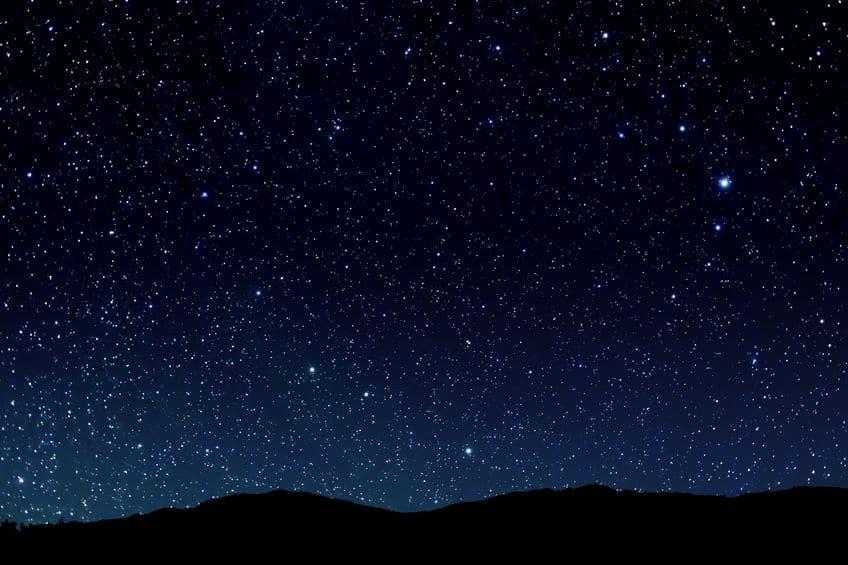 黒いポストだと夜見えにくかったというトリビア