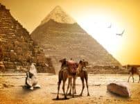 エジプトの三大ピラミッドの1つは爆破されたことがあるという雑学