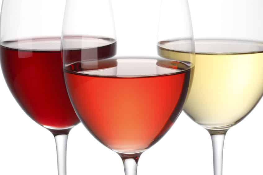 赤ワイン/白ワイン/ロゼワインの違いは?ブドウの種類と製法がカギ!という雑学まとめ